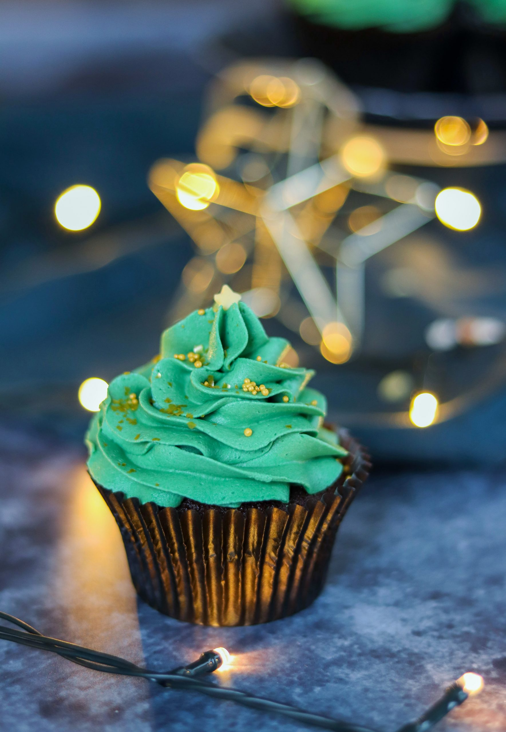 Mary Berry S Christmas Chocolate Cupcakes Curly S Cooking